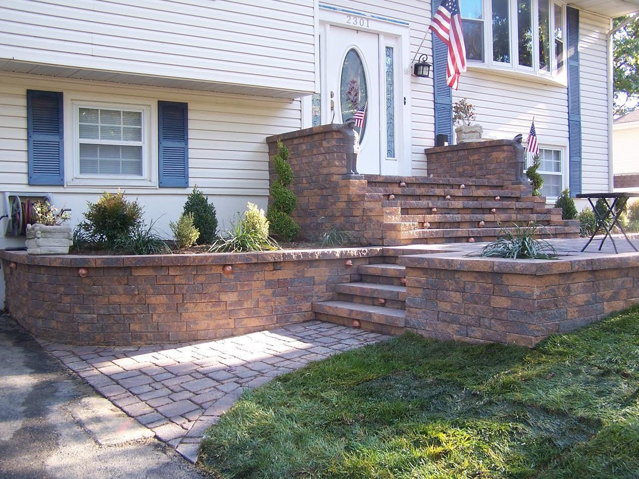Residential landscaping ed 39 s plant world for Residential landscaping